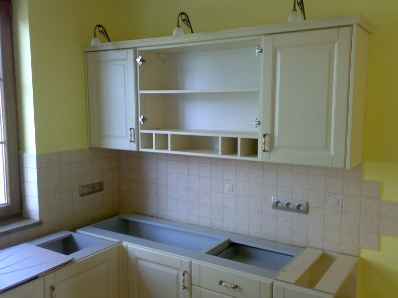 K M Meble  wykonujemy meble kuchenne, łazienkowe, biurowe, sklepowe, ogrodow